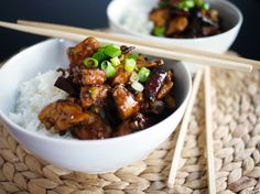 kung pao kylling - brug sichuan peber til den! Actifry, Danish Food, Asian Recipes, Ethnic Recipes, Kung Pao Chicken, Wok, Stir Fry, Nom Nom, Recipies