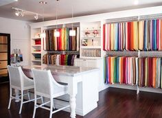 Newport Beach Showroom - La Tavola Fine Linen