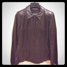 NWOT Wilson leather jacket in brown and size S NWOT leather jacket in dark brown color and size small Wilsons Leather Jackets & Coats
