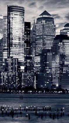New York City midtown skyline Hudson river - theiphonewalls.com