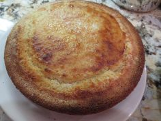 Cornbread made with self-rising cornmeal, self-rising flour, honey, buttermilk, melted butter! Honey Cornbread, Chili And Cornbread, Cornbread Recipes, Casserole Recipes, Cookbook Recipes, My Recipes, Recipies, Cooking Recipes, Rezepte