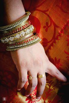 Indian Wedding | Destination Wedding | Indian Bridal Details | Indian Wedding Ideas | Indian Bangles | Bangle Ideas | Destination Wedding Photographer www.potoksworldphotos.com