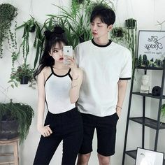 Why do couples wear matching outfits? Matching Couple Outfits, Matching Couples, Cute Couples, Edgy Outfits, Girl Outfits, Cute Outfits, Fashion Outfits, Rock Outfits, Punk Fashion
