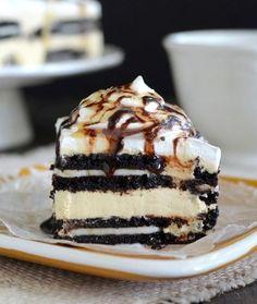 Cách làm bánh kem oreo cho sinh nhật bé không cần lò nướng  Công thức làm bánh kem sinh nhật tặng bé từ món bánh quy oreo quen thuộc đơn giản, nhanh gọn tại nhà mà không cần dùng đến lò nướng.