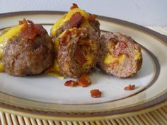 Bacon Cheeseburger Meatballs are packed with the well-loved cheeseburger flavors in a snack-able, freezer friendly presentation. I Love Food, A Food, Food And Drink, Beef Dishes, Food Dishes, Main Dishes, Food Network Recipes, Cooking Recipes, Ground Beef Recipes