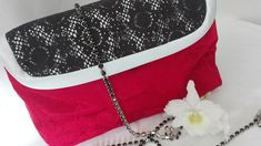 Cosmetic bag, whit brush holder,and magnetic snap