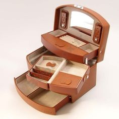 Davidt's Euclide jewellery case