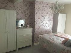 Bedroom pinks