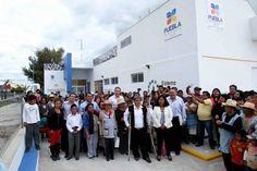 El gobernador Rafael Moreno Valle inauguró el Centro de Salud de San Agustín Tlaxco
