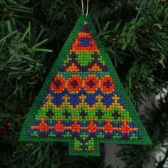 Fair Isle Inspired Christmas Tree #4