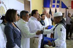 El gobernador del estado de Veracruz agradeció el apoyo de la Armada de México para caminar por la ruta del desarrollo.