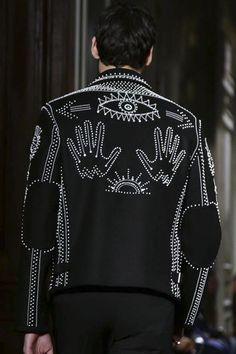 Valentino Menswear Fall Winter 2016 Paris CloseUp Details