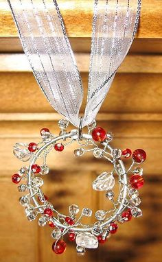 wire wrapped Christmas beaded ornaments.Craft ideas from LC.Pandahall.com