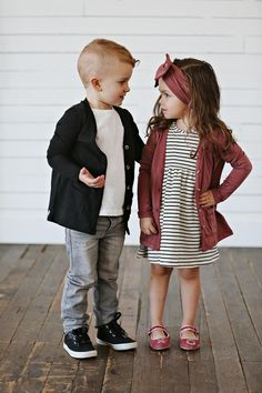 Latest Fall Outfit Ideas For Girls That Looks So Cute 37 Girls Fall Outfits, Outfits Niños, Little Girl Outfits, Little Girl Fashion, Little Girl Style, Little Girl Clothing, Cute Kids Outfits, Spring Outfits, Children Outfits