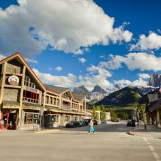 5 Family Hot Spots in Canmore   5 Family Hot Spots in Canmore - Located less than an hour away from Calgary, many folks consider Canmore an extension of their own backyard. That's why we've rounded up five of our favourite hot spots for families in this groovy mountain village.