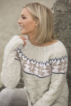 no - viking-garn-stille-alpaca-bris Fair Isle Knitting Patterns, Knitting Designs, Icelandic Sweaters, How To Purl Knit, Sweater Fashion, Crochet Clothes, Clothing Patterns, Knitwear, Knit Crochet