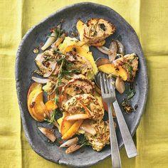 Wacholder-Filet mit Apfel-Schalotten-Gemüse | BRIGITTE.de