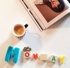 [Happy Monday] #nouvellesemaine #boncourage #agencea24com #souslesoleil #letters #maconetlescoy #elle #instacafe