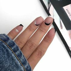Cute Gel Nails, Cute Acrylic Nails, Pretty Nails, Fancy Nails, Black And White Nail Designs, White Nail Art, Black White Nails, White Art, Matte White Nails