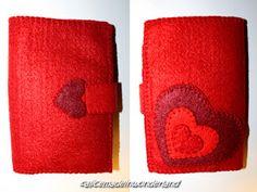 HEART: Portafogli cucito a mano.