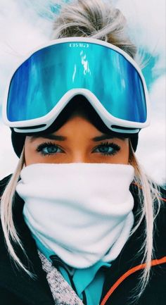 Snowboards, Ft Tumblr, Tumblr Girls, Photo Ski, Mode Au Ski, Snowboarding Style, Snowboarding Women, Shotting Photo, Snowboard Girl