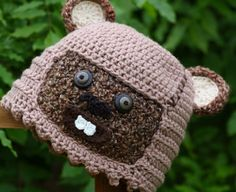 Star Wars-Themed Crocheted Hats, Mittens, and Lightsabers - I know too many people who would be in heaven with this stuff