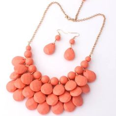 Fashion set New. Comes with the necklace and earrings. Adjustable. Lobster closure. No trades. Jewelry Necklaces