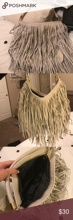 Fringe purse! LOVE all the fringes! Super fun and flirty purse! Bags