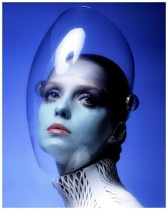 Donna Mitchell photographed by Clive Arrowsmith for Vogue - 1970