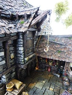 Converted Building by Simone Pohlenz Painting Competition, Medieval Fantasy, Model Homes, Dungeons And Dragons, Diorama, Sculpture Art, Scenery, Miniatures, The Incredibles