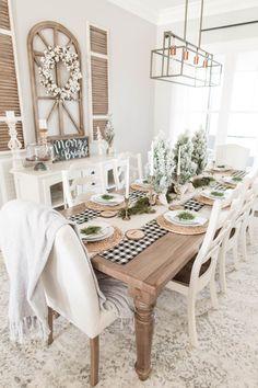 Modern Farmhouse Table, Farmhouse Dining Room Table, Dining Room Table Decor, Decoration Table, Dining Room Design, White Dining Rooms, Dining Room Modern, White Dining Table Modern, Modern Rustic Dining Table