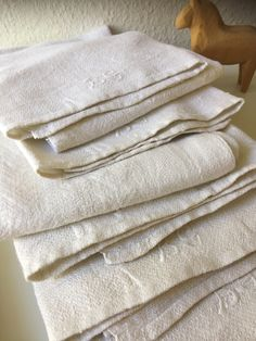 Your place to buy and sell all things handmade Hand Towels, Tea Towels, Vintage Textiles, Hygge, Linens, My Etsy Shop, Handmade, Stuff To Buy, Dish Towels