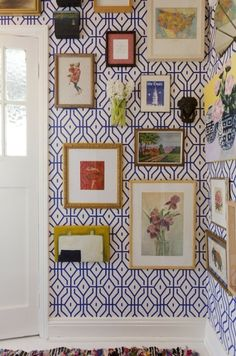 Trellis Patterns offer order to Palm Beach Chic.