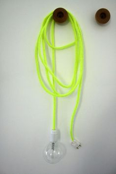 baladeuse jaune fluo > DIY chez Emilie sans chichi