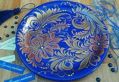 Всем удачных выходных!!! А это моя первая тарелочка... Керамика, диаметр 23см, 1500 р + доставка. #точечнаяроспись #тарелкинастену #тарелки #ручнаяработа #росписьпокерамике #декоративныетарелки #декор #интерьер#иринавитрина