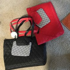 Quilted tote set black /Red (2) Nice purse sets Red / Black  with  cosmetic bags. Bags Cosmetic Bags & Cases