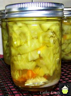 Pickled Pepper Rings - Grab some peppers and make a few jars of these Pickled Peppers. Great for gifts or parties, game nights etc with cold cuts. This delicious recipe has been generously shared by Recipes With Banana Peppers, Pickled Banana Peppers, Canning Banana Peppers, Pickled Eggs, Stuffed Banana Peppers, Wax Pepper Recipe, Banana Pepper Relish Recipe, Jalapeno Pepper Jelly, Pickling
