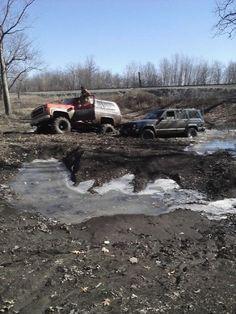 my old 79 blazer i had next to my friends jeep Lifted Chevy Trucks, Jeep Xj, K5 Blazer, Roads, Badass, Friends, Vehicles, Sexy, Amigos