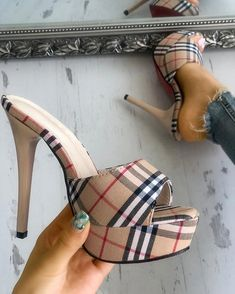 Shop Plaid Print Single Strap Platform Thin Heeled Sandals right now, get great deals at pickmyboutique.