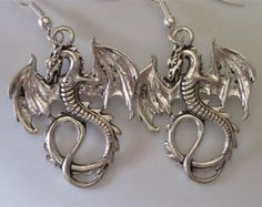 Dragón plata antiqued pendientes góticos dragones alados celta cuelgan Pendientes plata Dangle pendiente Dragon gota plata Flying Dragon