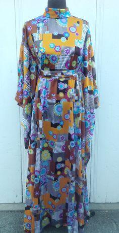 Kaftan, 1970's Vintage Dress, Webbed Sleeves, Long Hippie Dress, Psychadelic Print, Bell Sleeves,