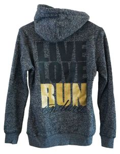 Live Love Run Endure Running Hoodie- BABY IT'S COLD OUTSIDE! Because you wanna look cute walking into the gym…or the grocery store…or to your nail appointment, whichever! Love Run, Just Run, Workout Attire, Workout Wear, Michelle Lewin, Athletic Outfits, Athletic Wear, Running Inspiration, Fitness Inspiration