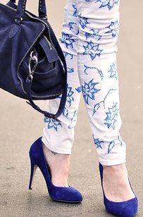 Reinvent your white jeans with a sharpie and some lace.