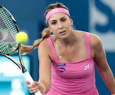 Blog Esportivo do Suíço:  Belinda Bencic, Vinci e Kerber avançam na estreia no Torneio de Brisbane