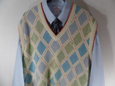 Monte Carlo Large Mens V Neck Sweater Vest Lambs Wool Size Lg Multi Color Argyle #MonteCarlo #Vest