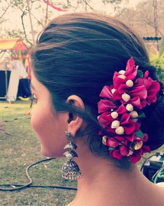 Guess this tellywood actress 🌼 . Fashion Hub, Indian Fashion, Flower Bun, Saree, Actresses, Actors, Photo And Video, Earrings, Madness
