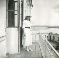 """20.05.1916: """"We made photos on the balcony in our lazaret"""" - Tatiana Nikolaevna"""