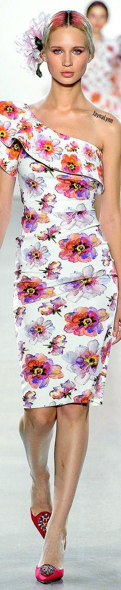 Chiara Boni La Petite RTW Spring 2019 Pin Logo, Ermanno Scervino, Floral Fashion, Orange And Purple, Fashion Designers, Florals, Spring Fashion, Strapless Dress, Fashion Accessories