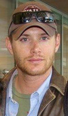 Jensen dresses so sharp!  love this look!