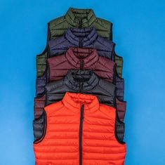 Brand Names, Winter Jackets, Fashion, Winter Coats, Moda, Winter Vest Outfits, Fashion Styles, Fashion Illustrations